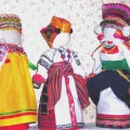 Куклы в костюмах южных губерний